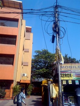 Indien power pole