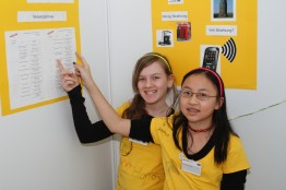 Manja and Lin present a cell phone project