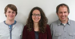 Georg Blum, Beate Fischer, and Dr. Peter Moser from the IdE Institute of decentralized Energy Technologies, Kassel/Germany