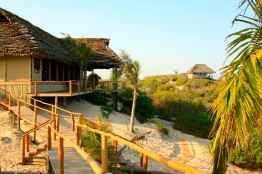 The Travessia Beache Lodge is situated in the dunes near the coast of Mozambique.