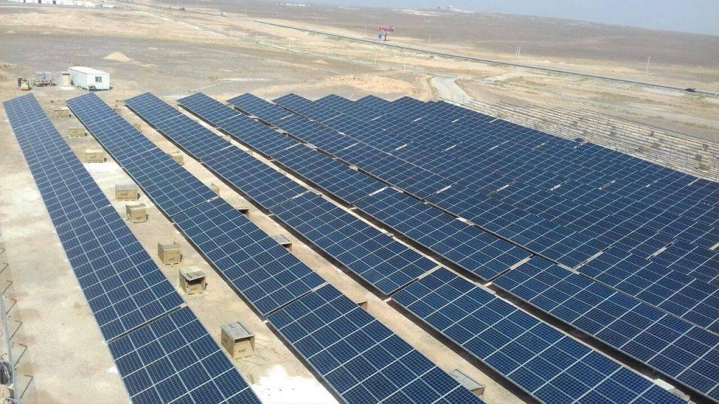 Jordanien refugee camp power supplied with solar power