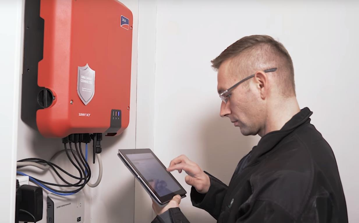 commissioning of a solarinverter