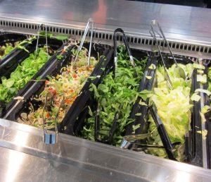 Großes Salatbuffet