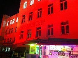Brandthaus_rot