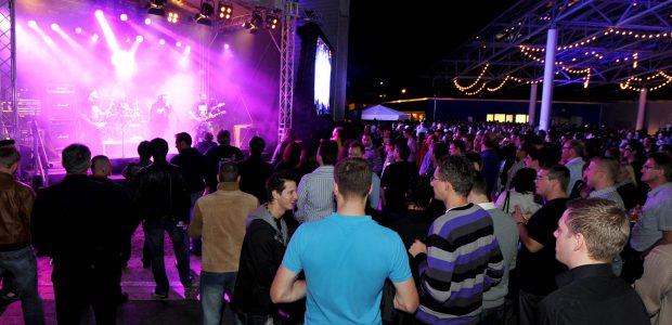 SMA-Sommerfest-bei-Nacht