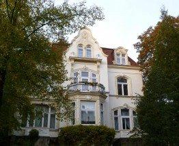 Wohnen im Grünen: Villa in Kassel West