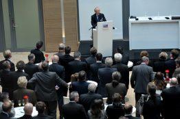 Günther Cramer bei seiner Rede