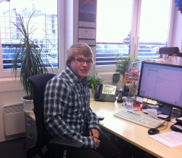 Jan-Hendrik am Arbeitsplatz
