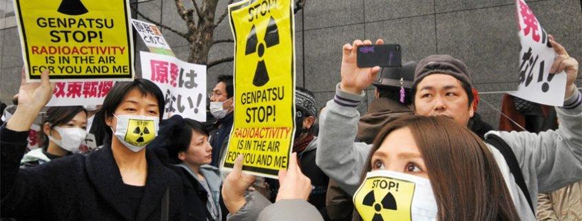 Japanes demonstrators