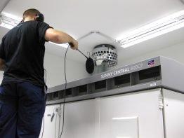 Akustiktest im SMA Testzentrum für Zentralwechselrichter