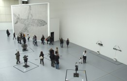 Thomas Bayrles Motoren und Flugzeug in der documentahalle