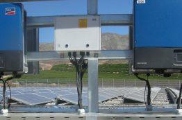 Die 1,2 MWp Solaranlage im Nordwesten Chiles versorgt ein Bewässerungssystem mit Solarenergie