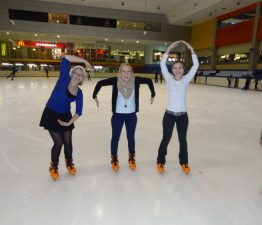 SMA on ice: Donna, Kathleen und Anna
