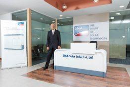 Firmensitz in Mumbai mit Rakesh Khann, General Manager SMA India