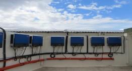 Photovoltaik-Diesel-Hybridsystem mit Sunny Tripower-Wechselrichtern in Palladam, Indien.