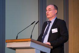 Dr. Martin Hoppe-Kilpper, Geschäftsführer des Kompetenznetzwerks deENet