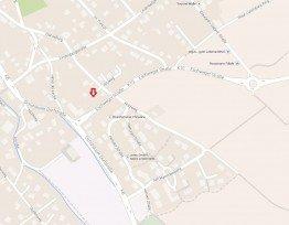 Das Haus befindet sich im Holzweg in Lohfelden, Nähe Kassel.