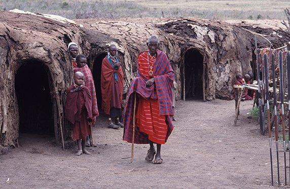 Niels_Ngorongoro_NP-Massai-Dorf