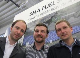 Unsere Kollegen Stefan Tait, Johannes Weide und Tim Rösinger waren an der Planung und Installation der Hybridanlage in Cobija beteiligt.