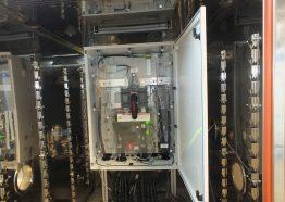 Hitzetest: In der Wärmekammer wird es richtig heiß. Bis 60 °C können die SMA Geräte aushalten.