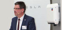 Volker Wachenfeld bei der Präsentation des Sunny Boy Storage Ende Januar.