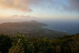 Die Insel umfasst 21 Quadratkilometer inklusive Nationalpark und dem schlafendem Schichtvulkan Quill.