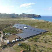 Showcase project in the Caribbean: the 1.89 MWp PV farm helps save more than 800,000 liters of diesel fuel a year on the island.