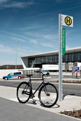 Räder halten fit, schonen die Umwelt und sind - auf kurzen Strecken - sogar schneller als Autos.