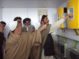 Unsere Sunny Island Batterie-Wechselrichter kommen selbst in Afghanistan zum Einsatz.