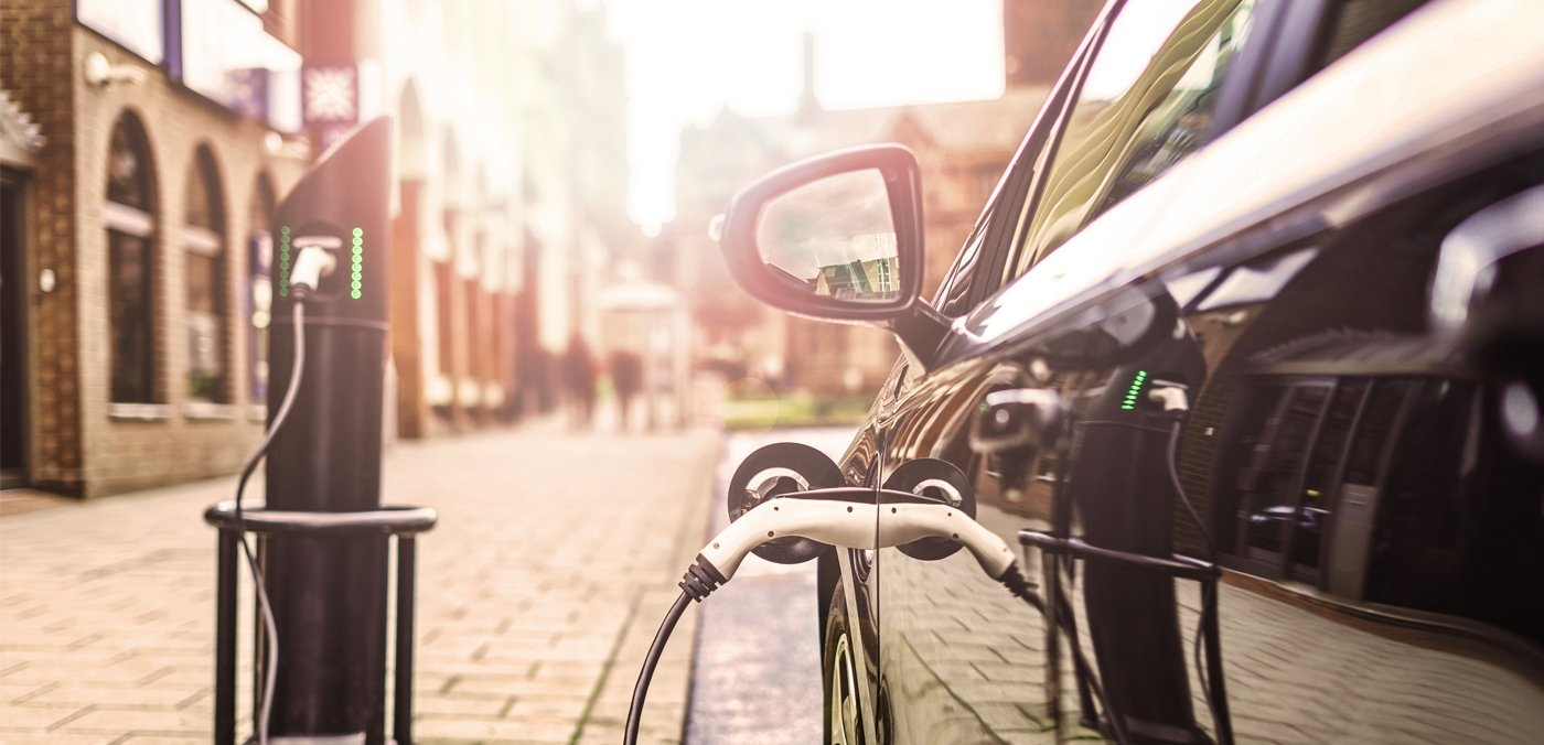 E-Mobility: Sustainably Shaping the Transformation in Transportation