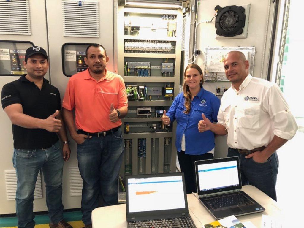 Norman Solorzano (v.l.), Jose L. Mendieta, Katharina Grosse, Jairo Velasquez