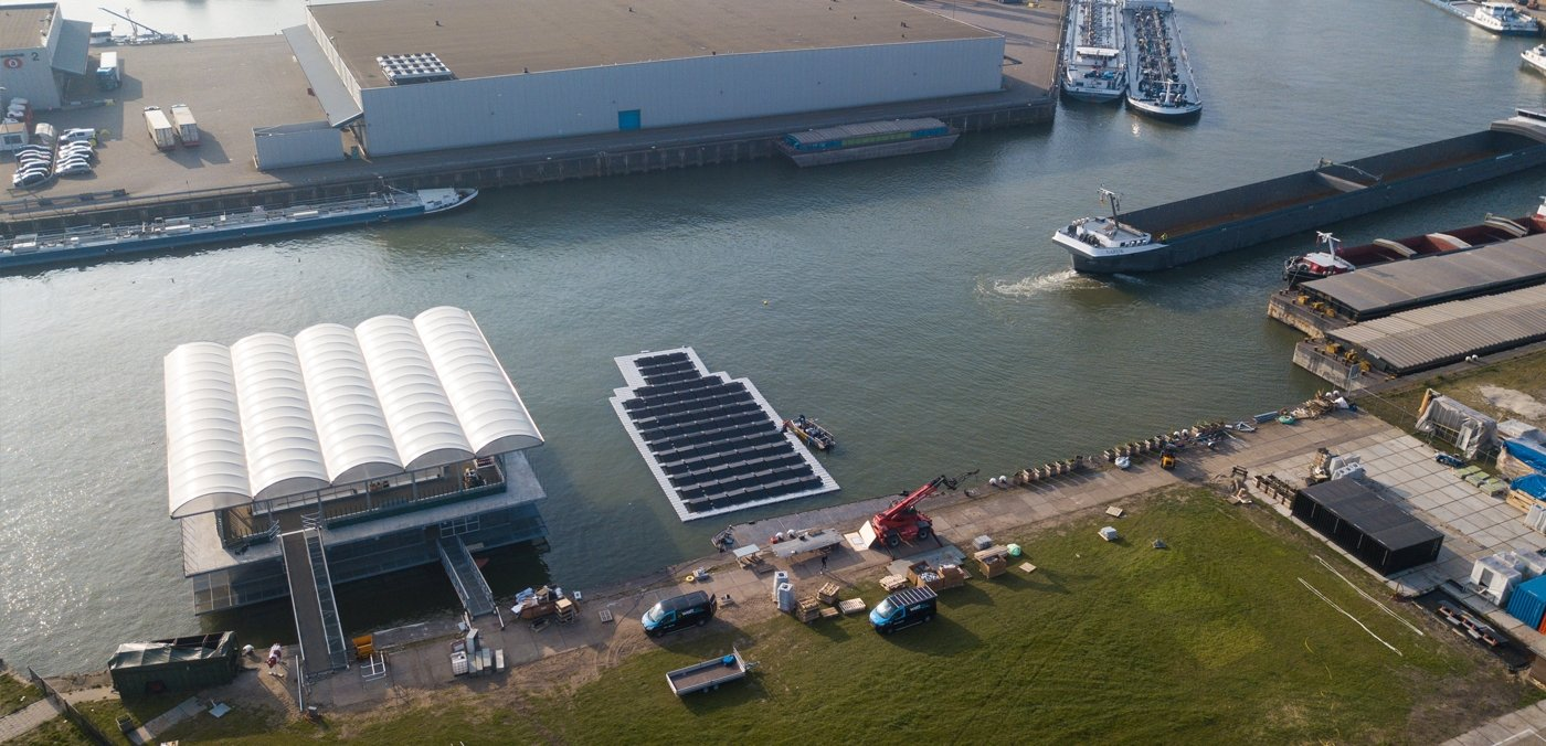 Solar Power for Rotterdam's Offshore Cows