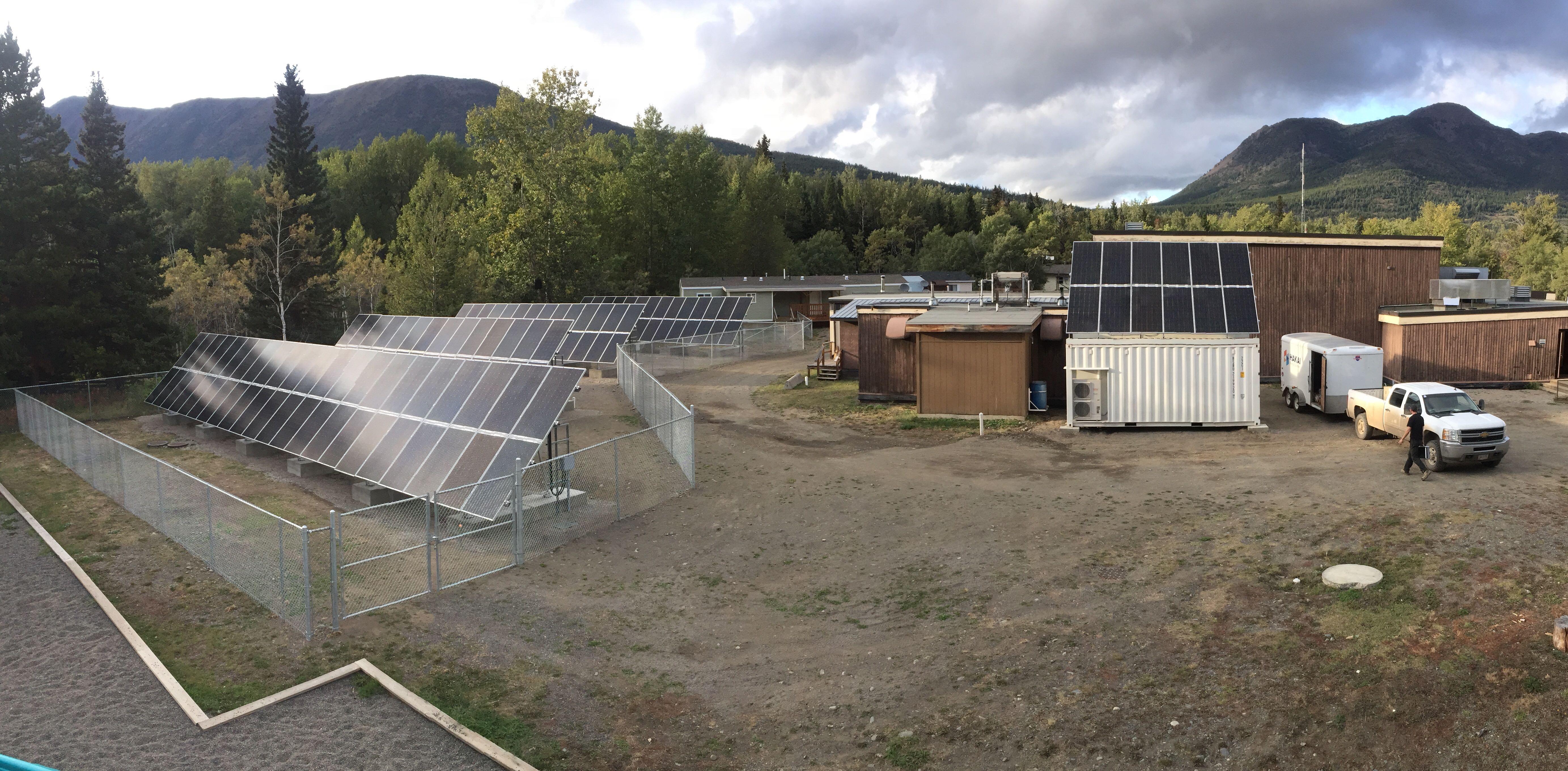 canada school hybrid system