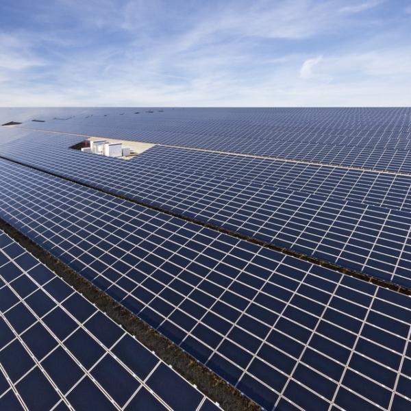 SMA solar inverterleri, %98'in üzerinde bir verimlilikle çalışır.